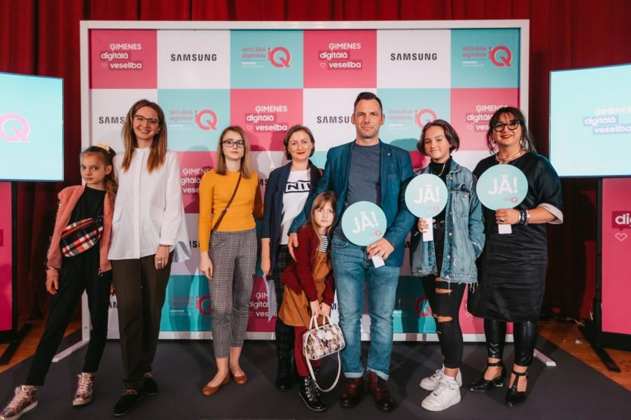 Pētījums: Latvijas ģimenēs reti sarunājas par digitālajām aktivitātēm