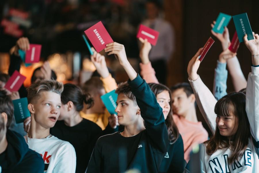 Aptauja: 81% Latvijas bērnu sociālajos tīklos piereģistrējas pirms atļautā vecuma
