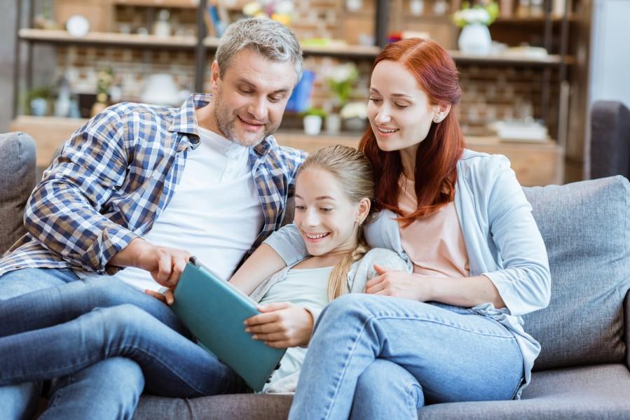 Vai ir iespējama ģimenes satuvināšanās ar viedierīču palīdzību?